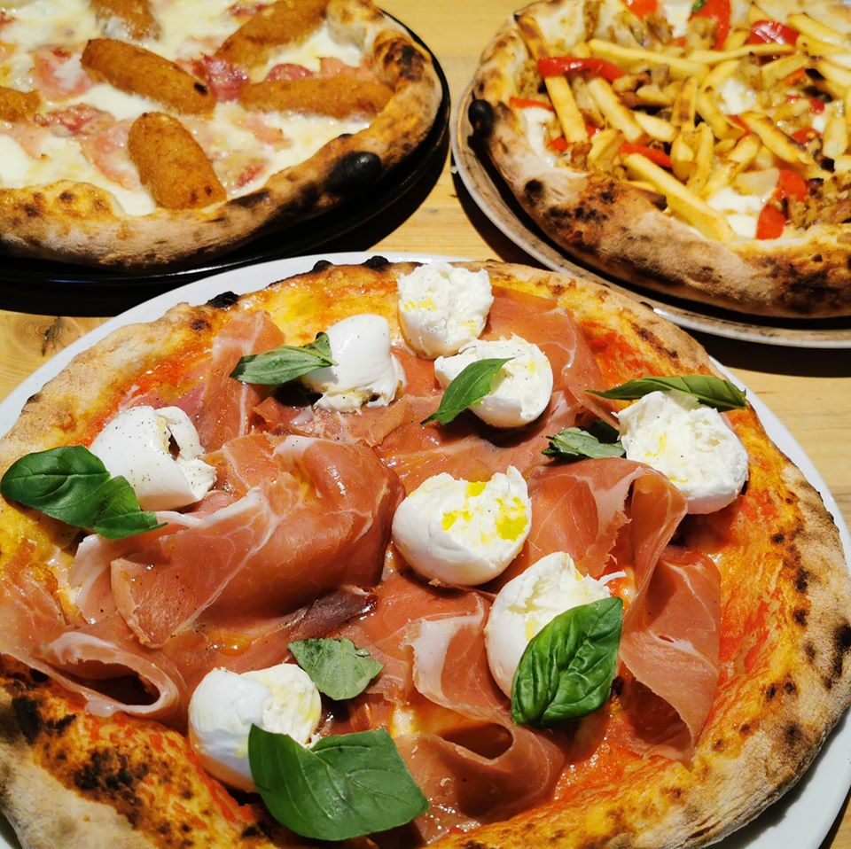 Dilemma Pizza Restaurant
